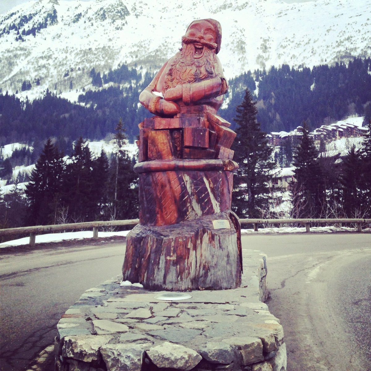Club Med Valmorel - Amazing Statues
